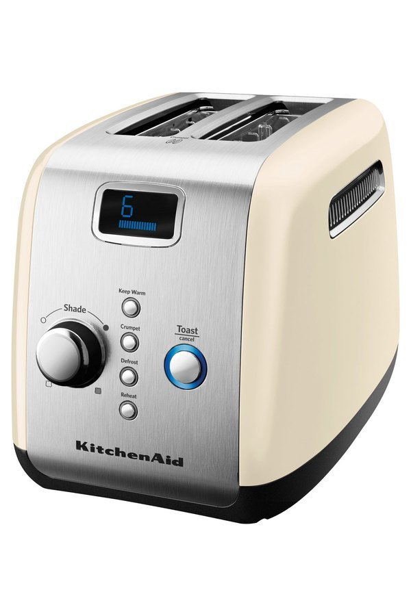 KitchenAid toasters are among some of the most popular because they achieve this important feature. You can also choose between a KitchenAid 4-slice toaster and a 2-slice toaster. 2 slice toasters are easier to fit on the kitchen worktop or unit but they may not offer enough toasting space for a large family.
